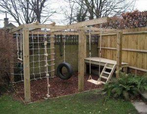 groot speeltoestel in eigen tuin maken