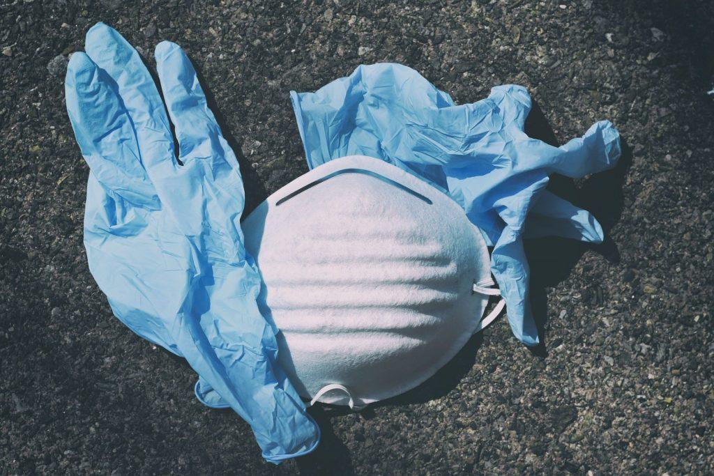 handschoenen mondkapje Google IT TAG